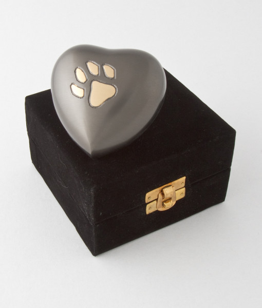 Eternal heart keepsake single paw with antique finish